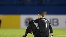 Thủ môn Tấn Trường sẽ không được sử dụng đến hết lượt đi V-League 2019. Ảnh: Dũng Phương
