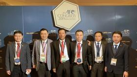 Các lãnh đạo VFF tham dự Đại hội LĐBĐ châu Á. Ảnh: ĐOÀN NHẬT