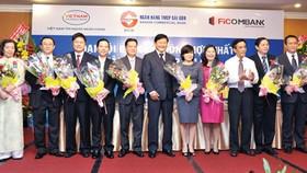 Three banks unite to navigate together