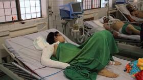 Các nạn nhân vụ tai nạn nằm điều trị tại bệnh viện