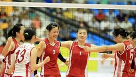 Các cô gái Triều Tiên tỏ ra vượt trội trước Việt Nam trong trận đấu chiều 22-9. Ảnh: Nhật Anh