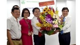 Lãnh đạo TPHCM thăm, chúc mừng các cơ quan báo chí