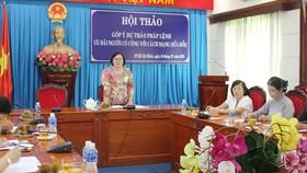 Hội thảo góp ý có sự tham gia của đại diện các sở ngành, quận huyện và các chuyên gia, đại biểu Quốc hội. Ảnh: MAI HOA