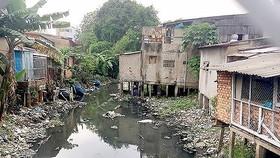 Một đoạn của rạch Xuyên Tâm, quận Bình Thạnh