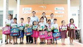 Tiến Phát tài trợ xây cầu Khang Phát tại tỉnh Hậu Giang