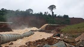 Thủy điện Đắk Kar đã xả được nước nhưng nguy cơ vỡ đập vẫn cao