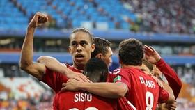 Peru - Đan Mạch 0-1: Yussuf Poulsen trừng phạt Christian Cueva