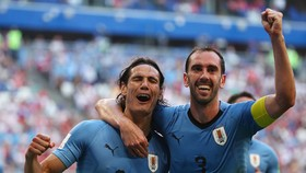 Bảng A, Uruguay - Nga 3-0: Suarez - Cavani nổ súng, Uruguay nhất bảng