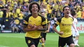 Borussia Dortmund - RB Leipzig 4-1: Dahoud, Witsel, Reus nhấn chìm đối thủ