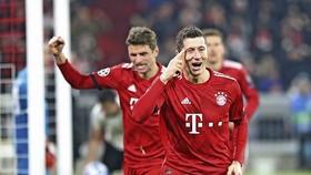 Bayern Munich - Benfica  5-1: Robben, Lewandowski, Ribery khoe tài