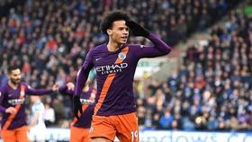 Huddersfield - Man City 0-3: Danilo, Sterling, Sane lập công, Pep Guardiola bám đuổi ngôi đầu