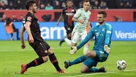 Leverkusen - Bayern Munich 3-1: Bailley, Volland, Alario xuất thần hạ Bayern