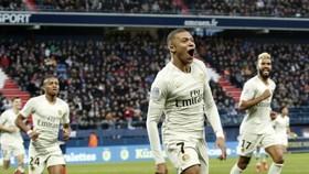 Caen - PSG 1-2: Ninga mở tỷ số, Mbappe lập cú đúp, HLV Thomas Tuchel hơn đội nhì bảng 20 điểm