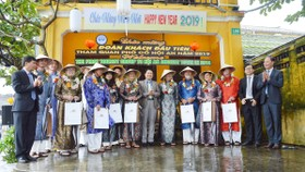 TP Hội An đón đoàn khách quốc tế đầu tiên trong năm mới 2019