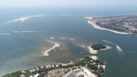 Xuất hiện thêm đảo cát tại biển Cửa Đại