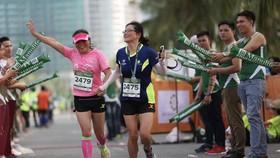 Hơn 9.000 vận động viên tham dự cuộc thi Manulife Danang International Marathon 2019