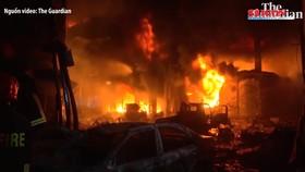 CLIP: Cháy chung cư ở Bangladesh, ít nhất 81 người chết, 41 người bị thương