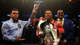 """""""Cỗ xe tăng"""" Gervonta Davis đang sở hữu đai WBA (Super) hạng siêu lông"""