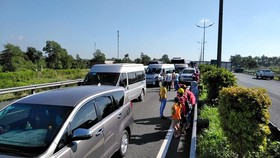 Tiền Giang: 7 xe tông nhau trên cao tốc TPHCM – Trung Lương