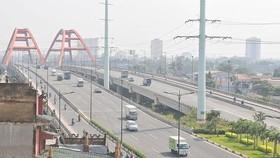 Tuyến đường Phạm Văn Đồng được đầu tư xây dựng bằng hình thức BT. Ảnh: CAO THĂNG
