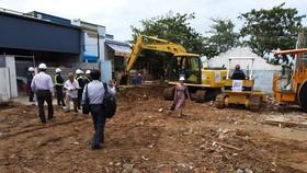 Công trình, nhà ở xây dựng trên đất nông nghiệp có phép khi giải tỏa sẽ được đền bù 100%. Ảnh QUỐC HÙNG