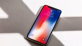 Đến Di Động Việt mua iPhone X có thể được hoàn tiền 10 triệu đồng