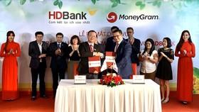 MoneyGram hợp tác cùng HDBank