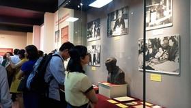 Giới thiệu gần 200 tư liệu hiện vật quý về Chủ tịch Hồ Chí Minh