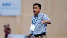 HLV Nguyễn Đức Thắng cùng các học trò ở Thanh Hóa sẽ gặp nhiều thử thách ở mùa bóng 2019. Ảnh: MINH HOÀNG