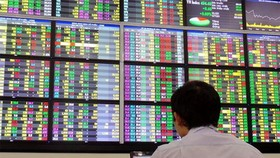 VN-Index extends upward momentum to three straight days