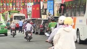 TPHCM: Chấn chỉnh hoạt động xe trung chuyển dịp lễ