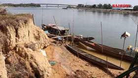 Sông ở Quảng Trị sạt lở tổng chiều dài 105km, 2.360 hộ bị ảnh hưởng