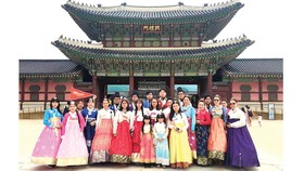 Đoàn khách TST tourist du ngoạn Hàn Quốc