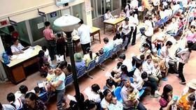 Trời nắng nóng khiến số người khám và nhập bệnh tăng lên đáng kể