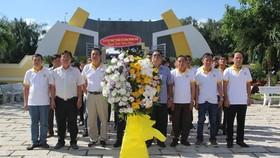 HDTC tổ chức chương trình viếng thăm huyện Cần Giờ