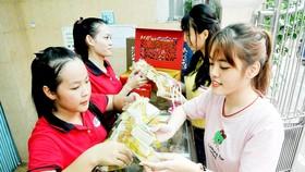 Tăng cường giám sát chất lượng bánh trung thu