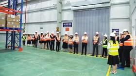 Những lô hàng đầu tiên của Sanofi được nhập trực tiếp vào Việt Nam
