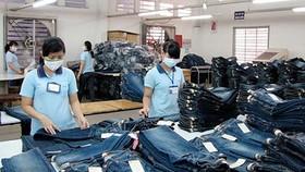 Hanoi's highest Tet bonus of VND325 million belongs to a foreign-direct-investment (FDI) enterprise. (Photo: Sggp)