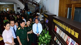 City's leaders attend the opening ceremony of the exhibition. (Photo: Sggp)