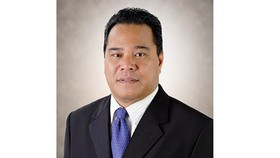 Speaker Wesley W. Simina of the Congress of the Federated States of Micronesia