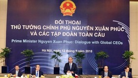 Prime Minister Nguyen Xuan Phuc speaks at the dialogue. (Source: VNA)