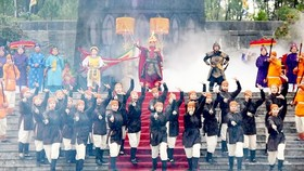 A performance reviving the coronation of Emperor Quang Trung