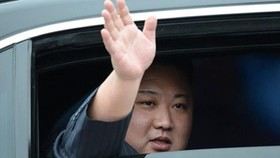 North Korean leader Kim Jong Un arrives in Dong Dang Train Station in the nothern province of Lang Son on February 26 (Photo: Sggp)