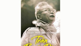 Book on revolutionary scholar Tran Bach Dang released