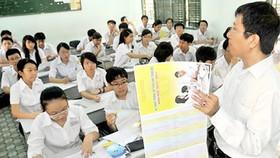 Hướng dẫn học sinh làm hồ sơ thi vào lớp 10
