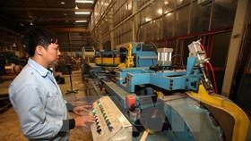 Tăng năng suất lao động: cải tiến công nghệ chưa đủ