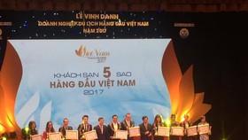 Trao giải thưởng 10 khách sạn 5 sao hàng đầu Việt Nam