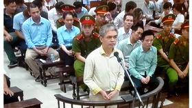 Cựu tổng giám đốc Nguyễn Xuân Sơn thành khẩn... kêu oan!