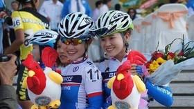 Bất đồng quan điểm, 2 chị em họ Phạm chia tay xe đạp Bình Dương