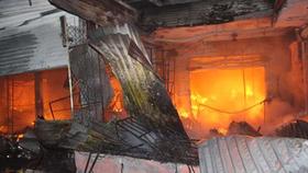 Cà Mau: Cháy 11 ki-ốt chợ Huyện Sử, thiệt hại trên 2,6 tỷ đồng
